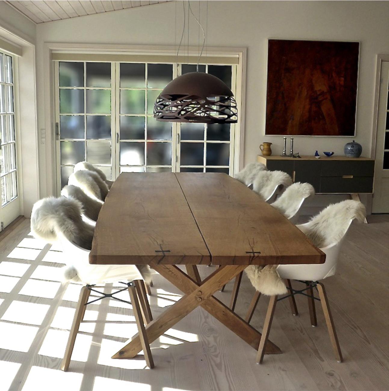 Rustikt plankebord i spisestue